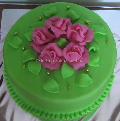 Праздничный бисквитный торт - №29