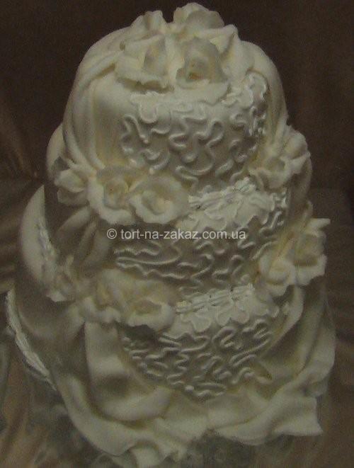 Білий торт з трояндами - №42