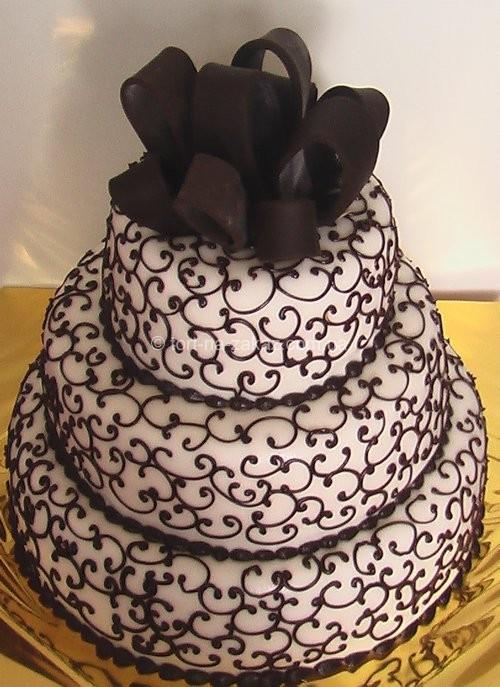 Весільний торт з бантом - №60